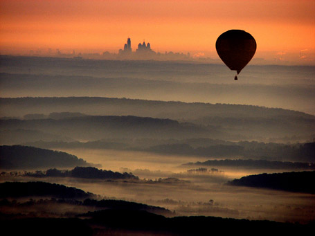 Morning hot air balloon flight near Philadelphia